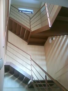 Samonosné oceľové schodištia